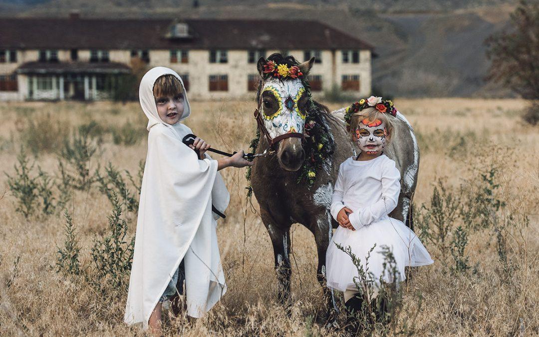 Halloween: Kids and Animals